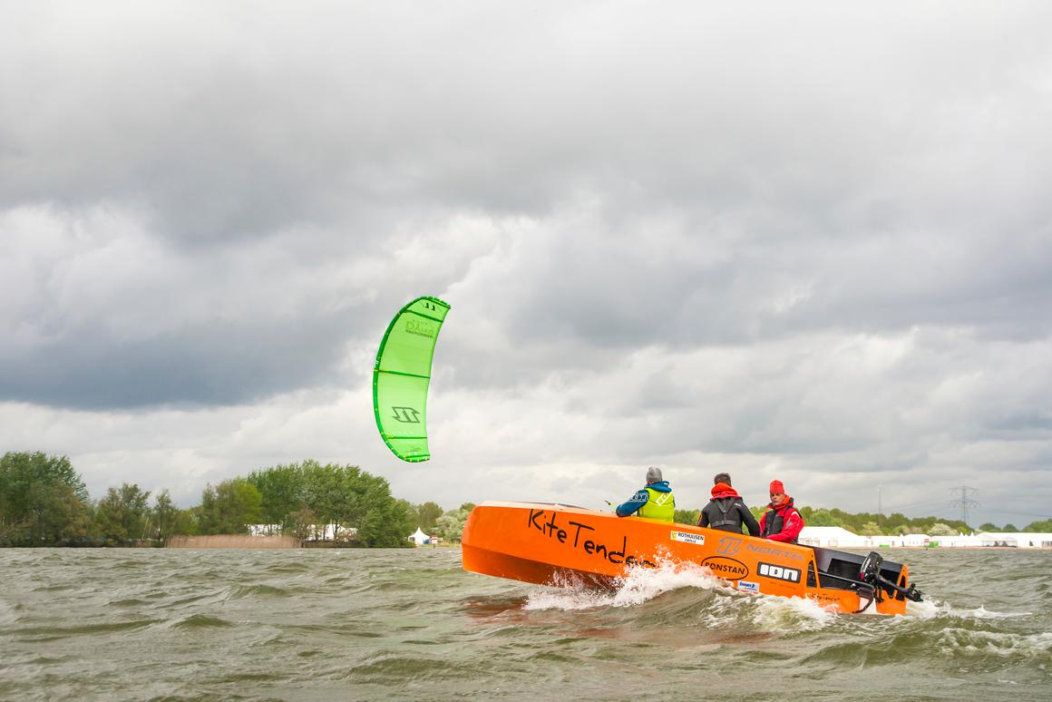 The Kitetender 400 is a one to two person monohull water vessel, featuring a sports kite