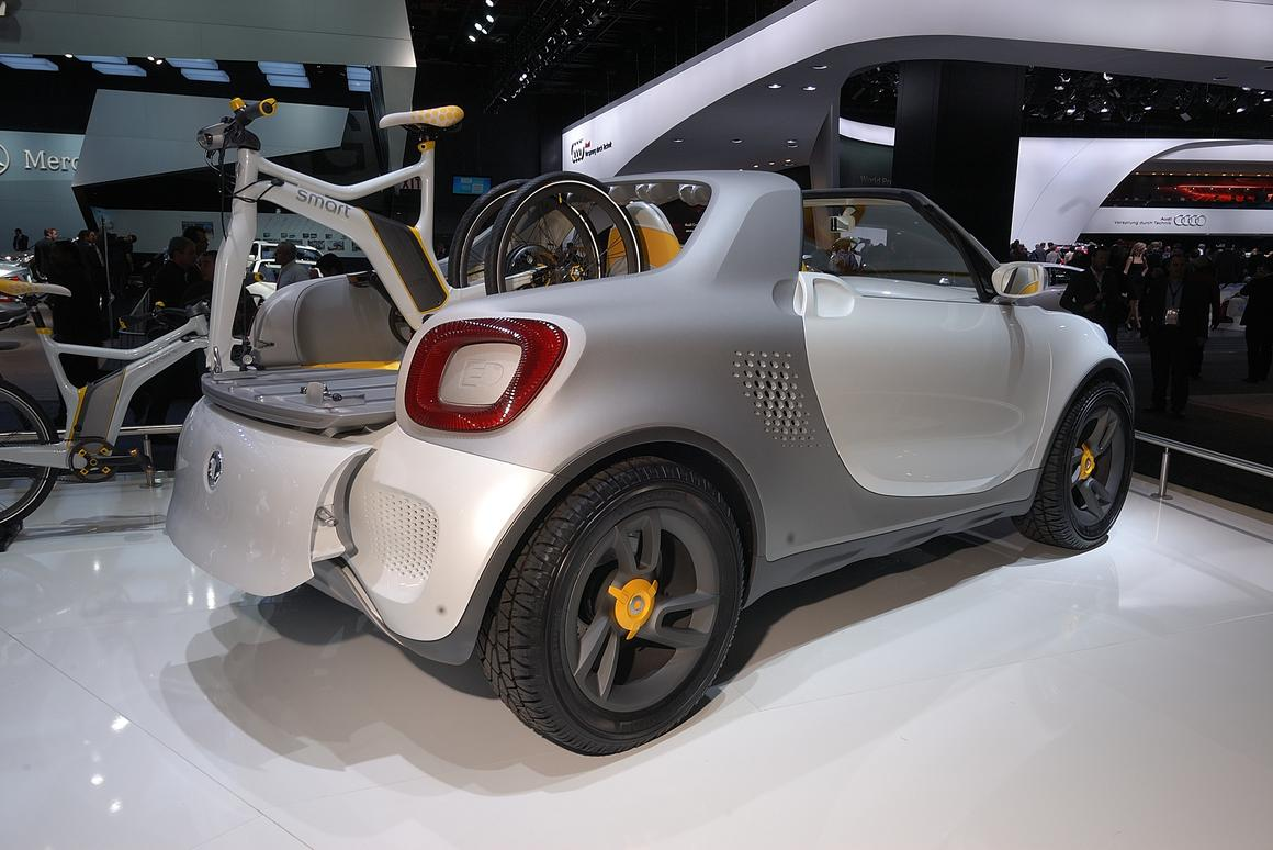 The smart for-us concept electric vehicle