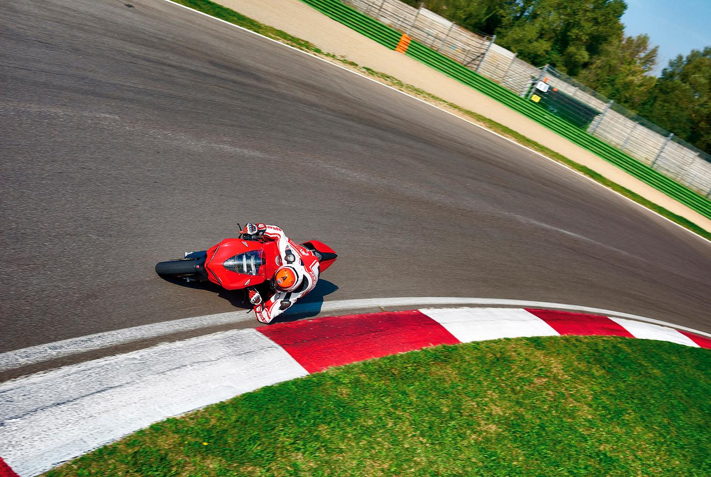 Ducati Panigale 1299 - in action on the racetrack