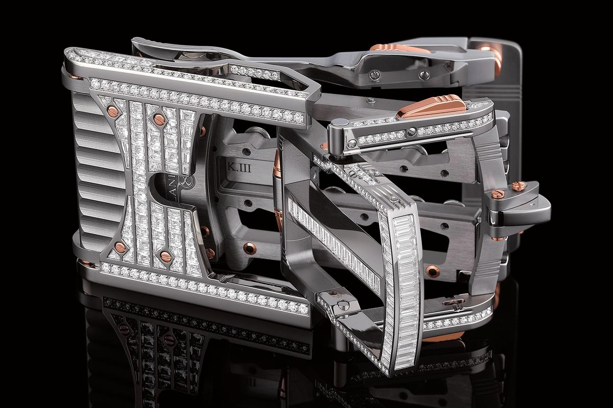 "Roland Iten's Calibre R822 ""Predator"" belt buckle: Significantly better than a piece of string"