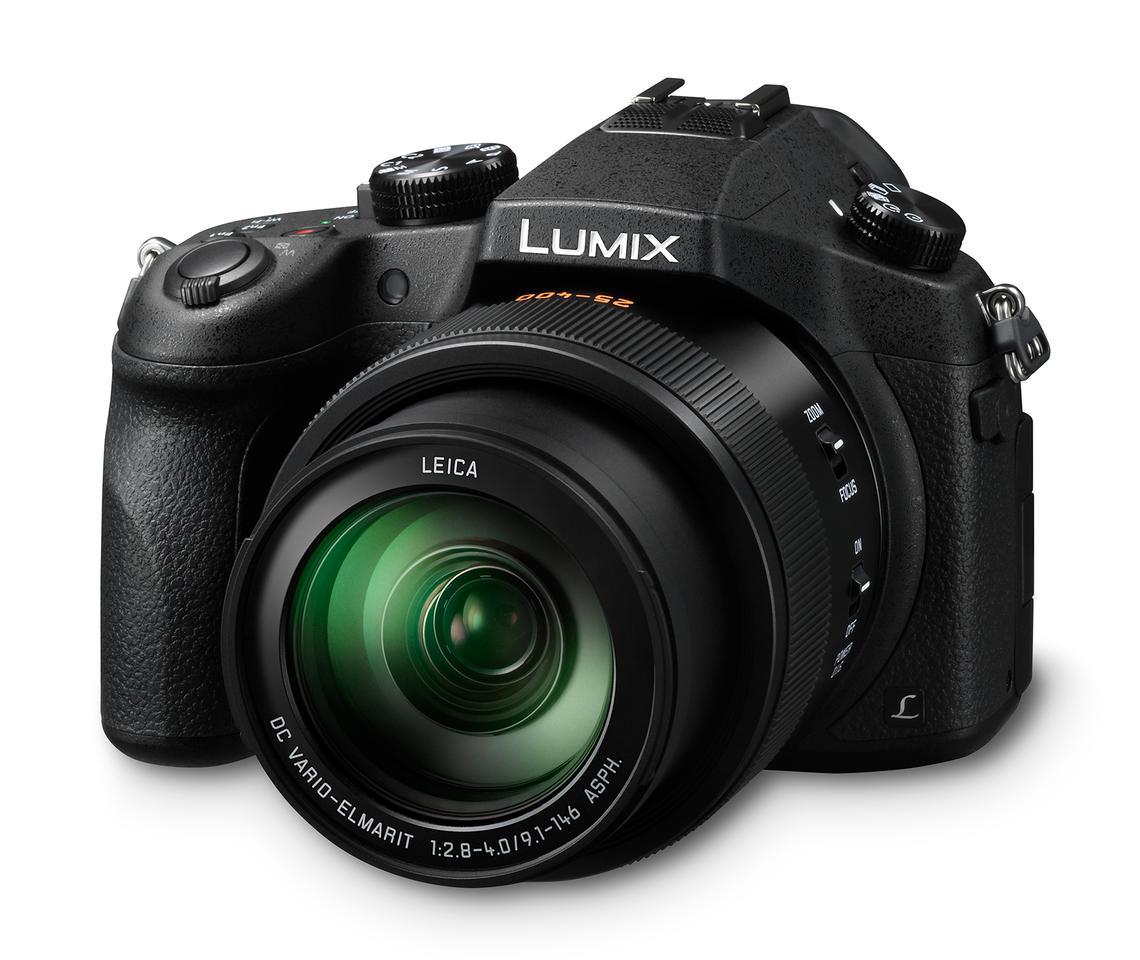 The Panasonic Lumix DMC-FZ1000 features a 25-400-mm equivalent F2.8-F4 lens