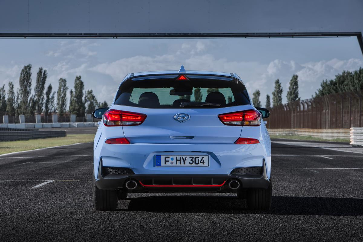 There are some marked exterior differencesbetween the standard i30 and the i30 N model