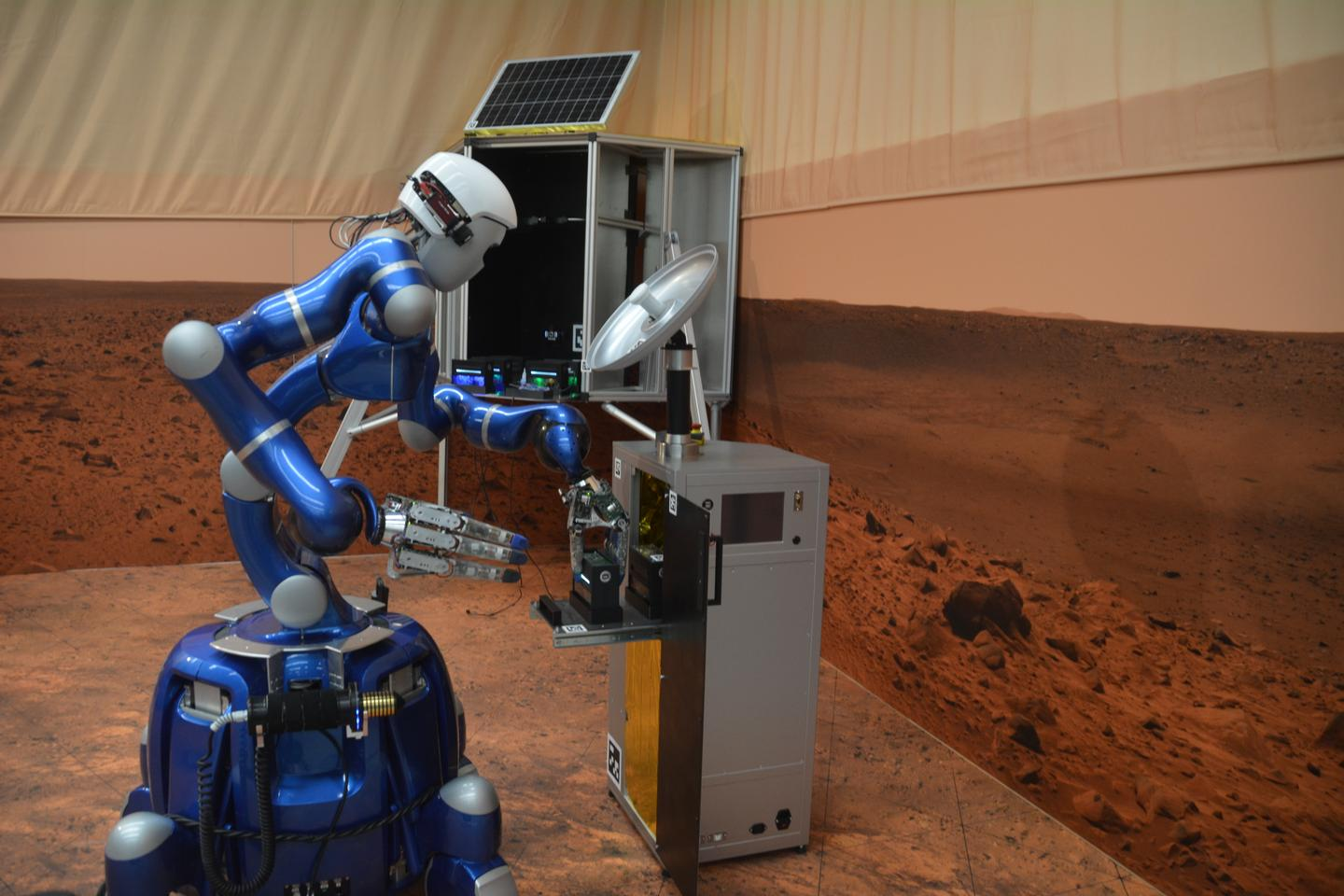DLR's Rollin' Justin robot has been remotely operated from the ISS
