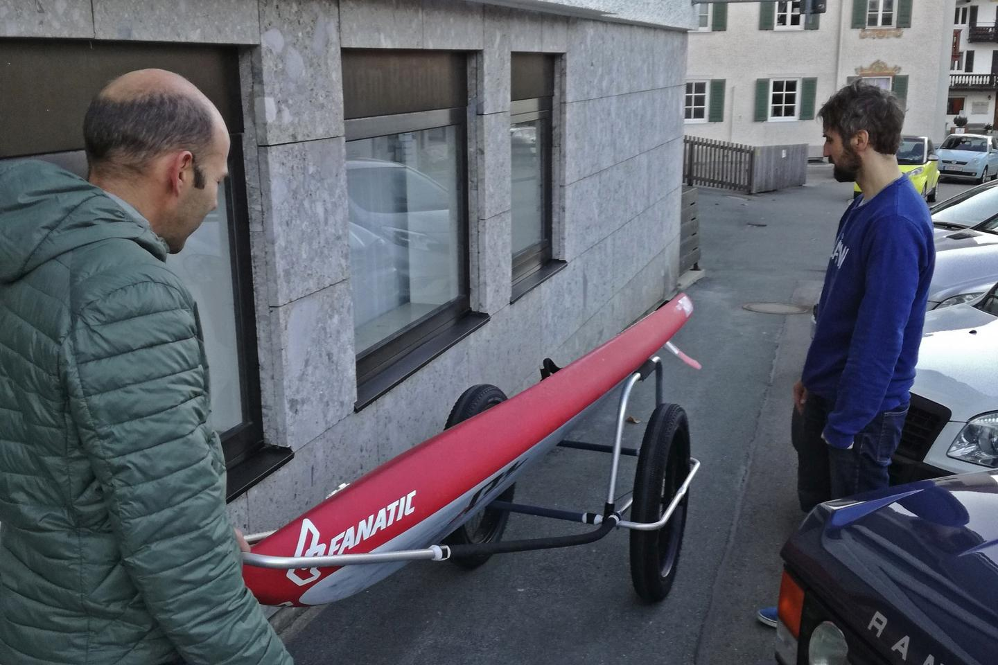 The Reacha team says that 14-foot (4.3-m) paddleboards will fit on the trailer