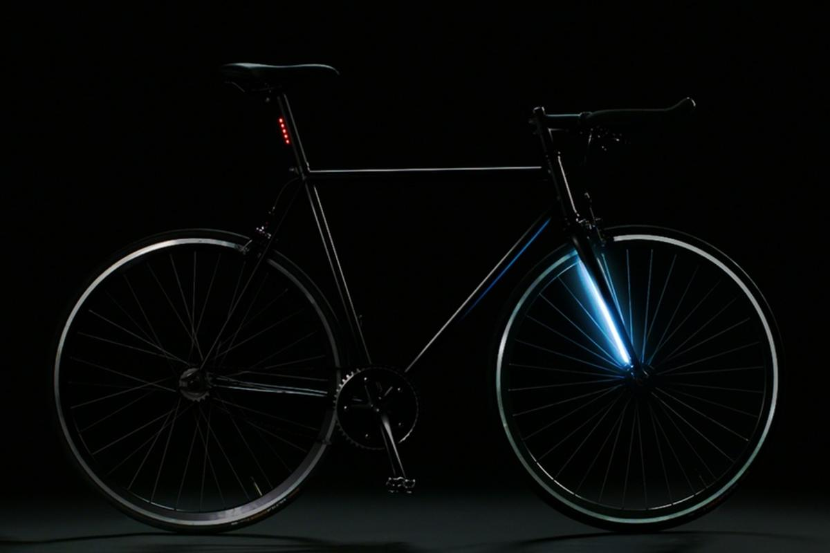 The Lyra has 100 LEDs integrated into its forks