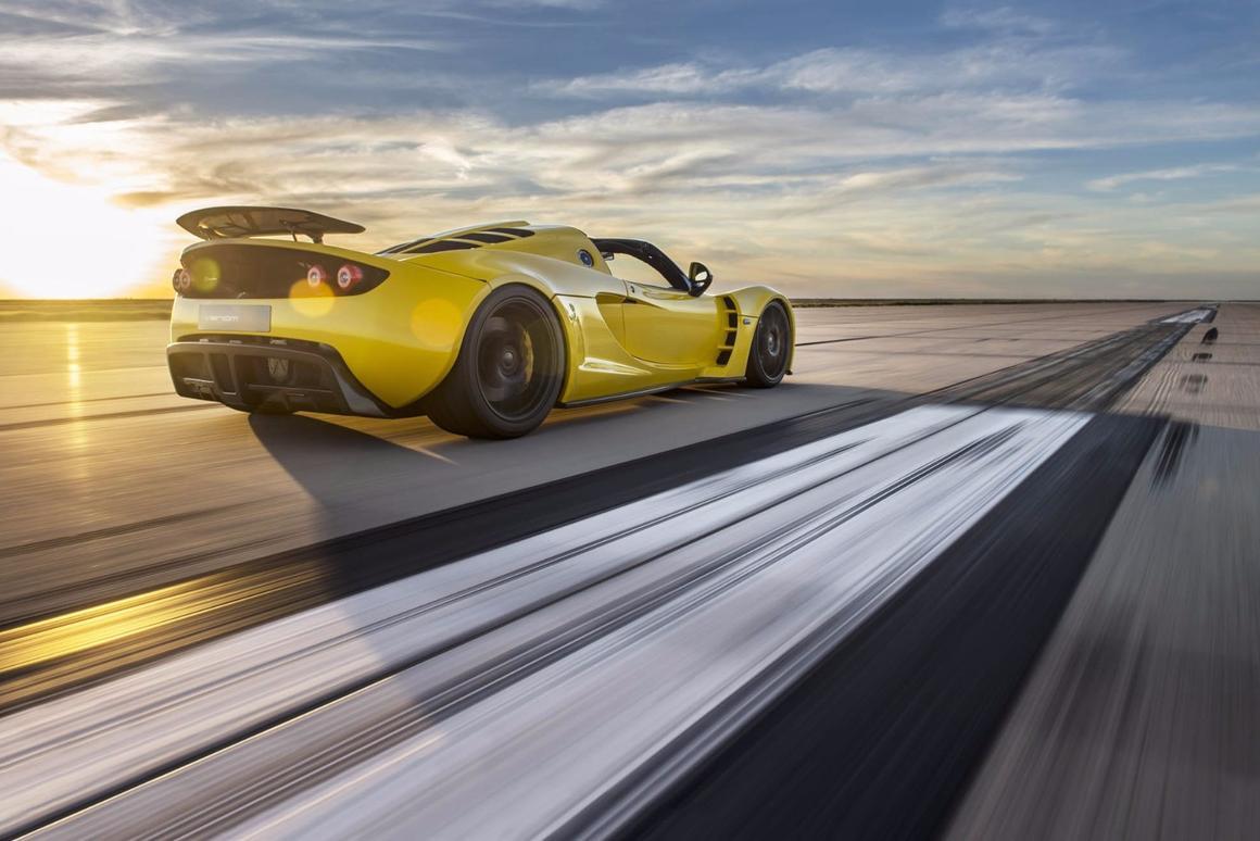 The Hennessey Venom GT Spyder bolts toward a world record