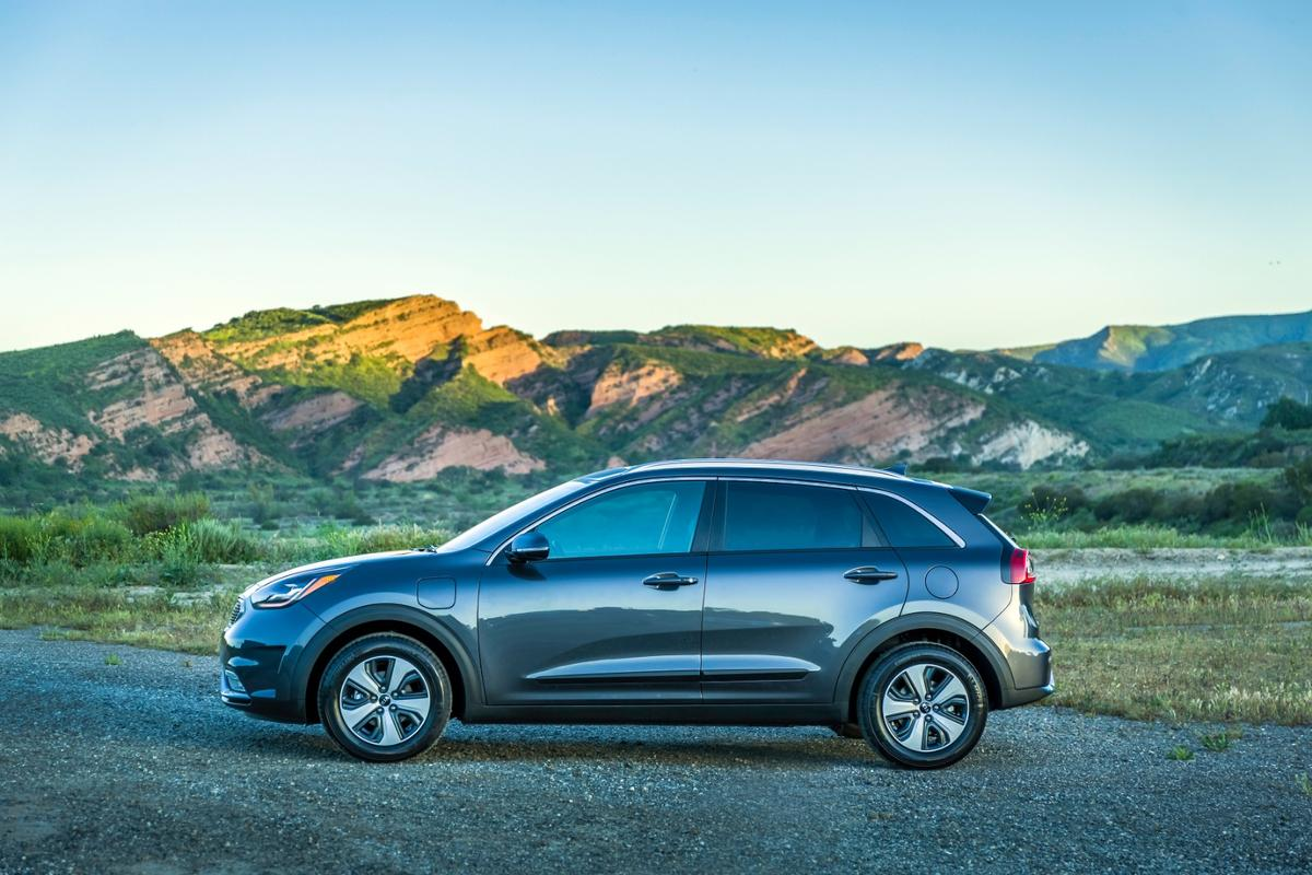 As a plug-in hybrid-electric vehicle (PHEV), the 2018 Kia Niro Plug-in offers phenomenal efficiency for its size and capability