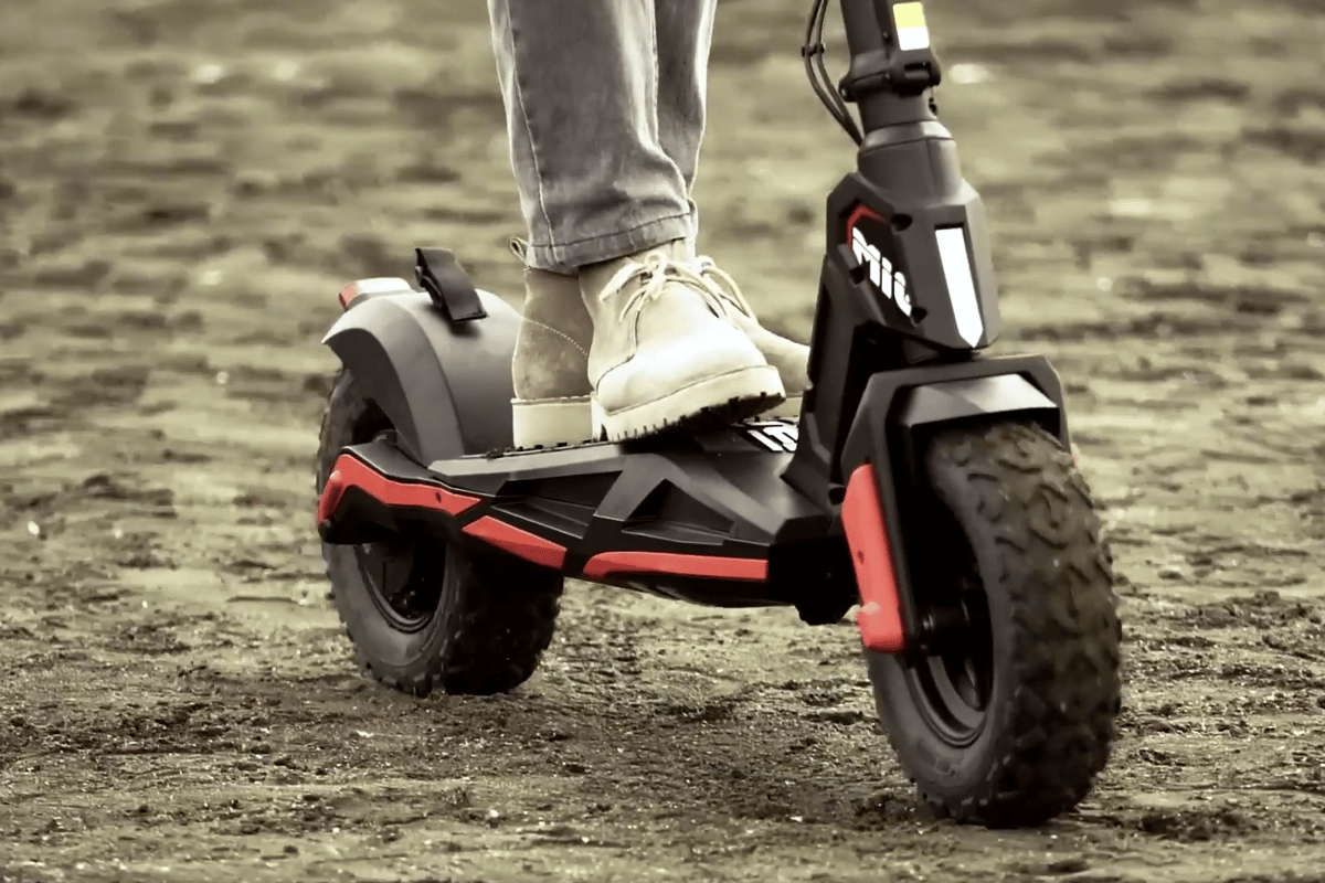 The Mig e-scooter rides on 10x4-inch fat tires