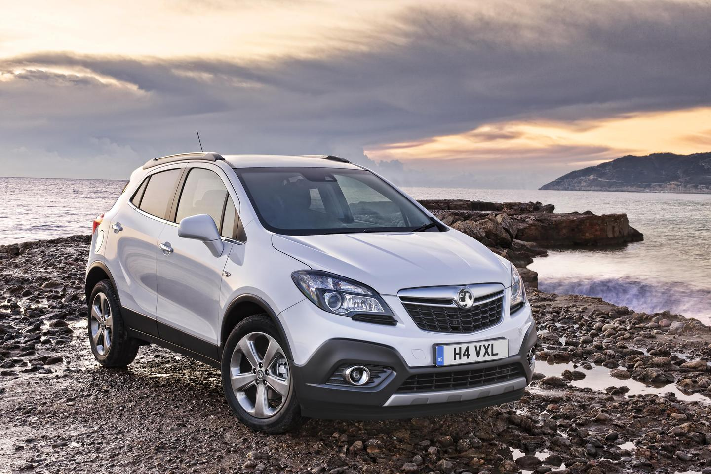 The Mokka will feature Advanced Adaptive Forward Lighting and High Beam Assist, Lane Departure Warning, Forward Collision Alert and second generation Traffic Sign Recognition