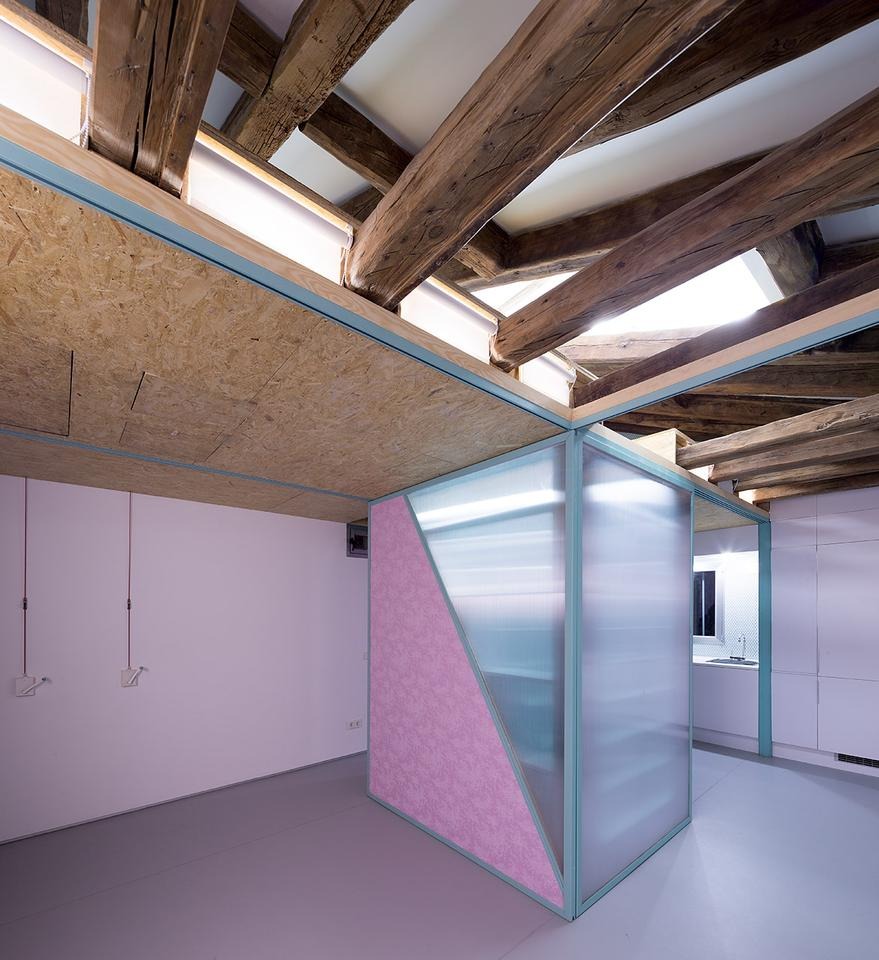 Fun-loving Spanish architects Elii recently completed a loft apartment refurbishment in Madrid (Photo: Miguel de Guzmán)