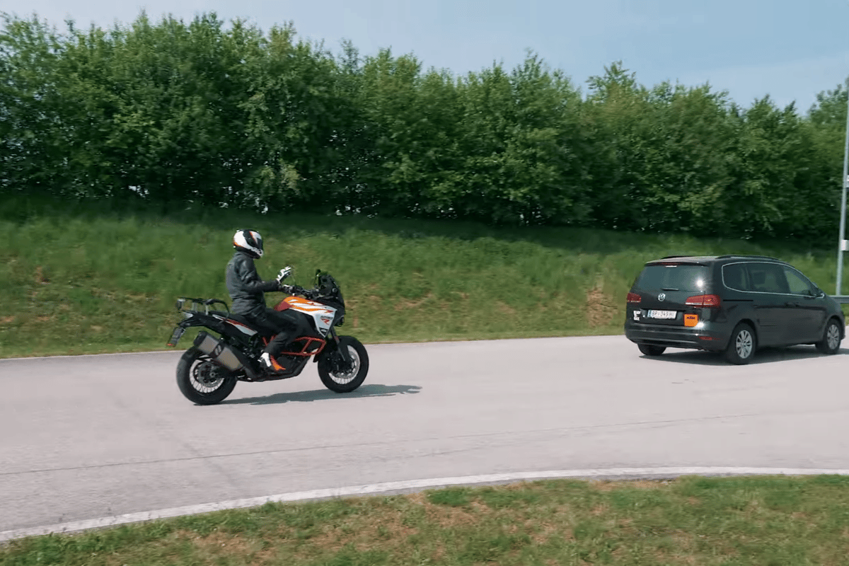 Hands off – KTM's adaptive cruise control keeps a safe distance from cars in front