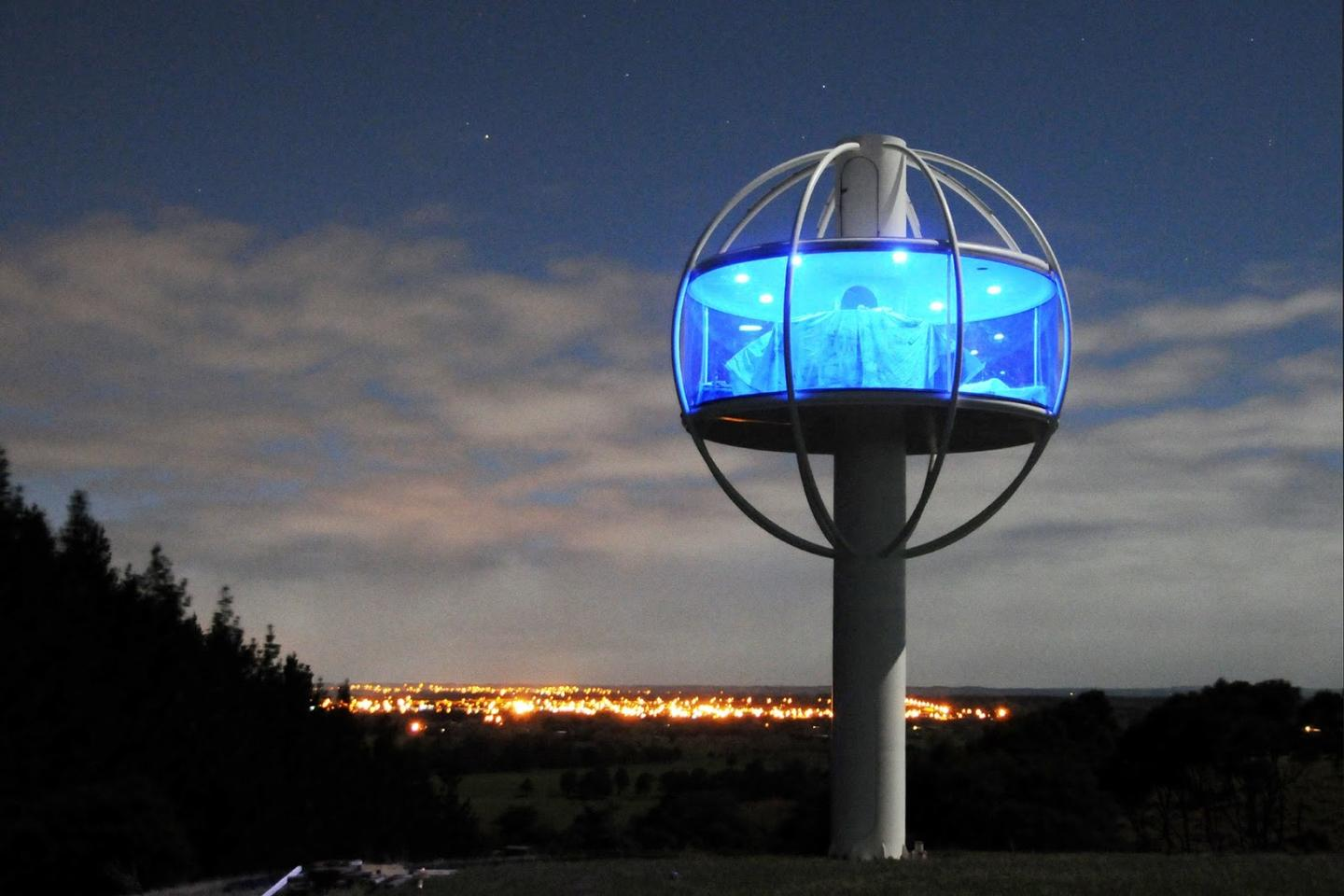 The Skysphere provides a 360-degree viewing window that is 2 m (7 ft) high and has a circumference of 14 m (46 ft)