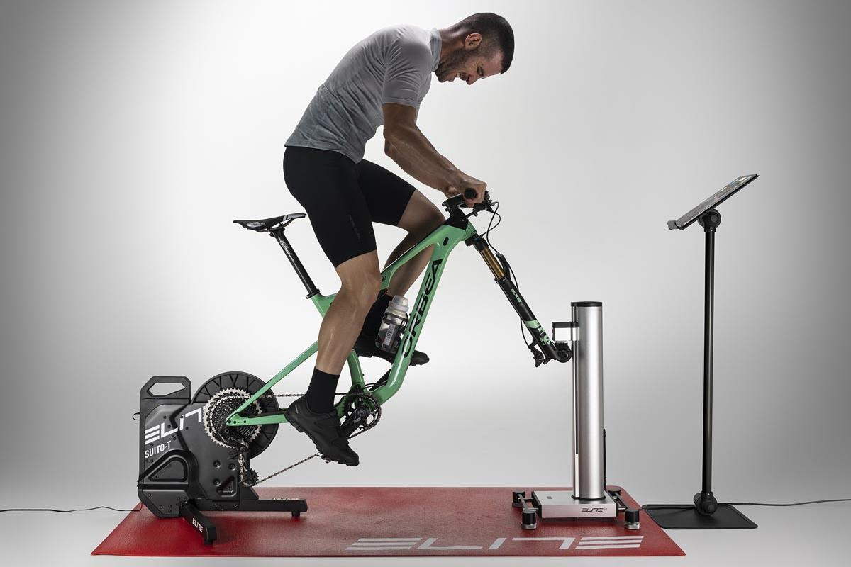 The Rizer tilts bikes up by as much as 20 degrees on climbs, or down by a maximum of -10 degrees on descents