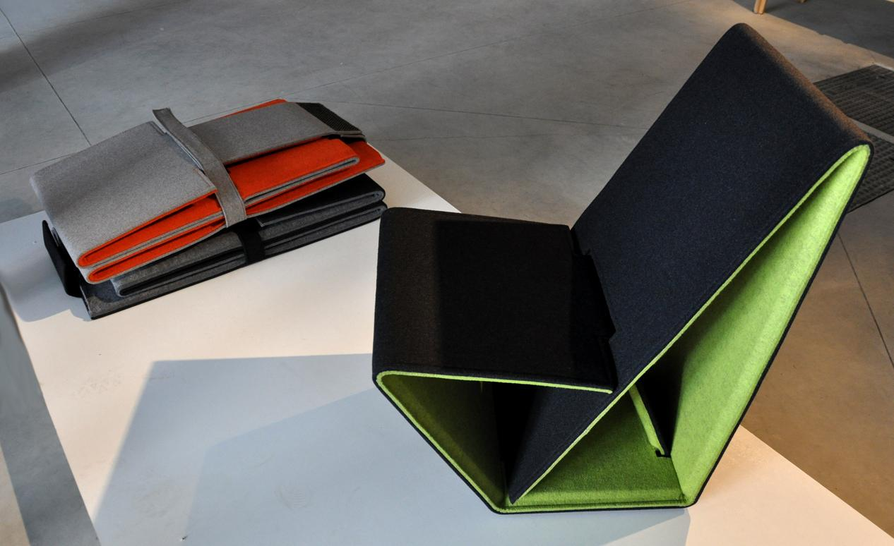 Studio Nuy van Noort has designed a foldable chair made from 100 percent recycled and recyclable materials (photo: Edoardo Campanale/Gizmag)