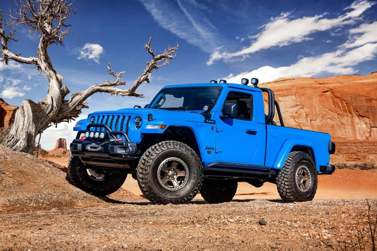 The Jeep J6 is one of six concept vehicles from theannual Easter Jeep Safari