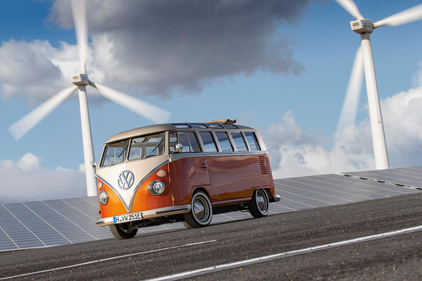 Volkswagen has retrofitted a 1966 T1 Samba Bus with a modern chassis and an all-electric drivetrain. Meet the e-Bulli