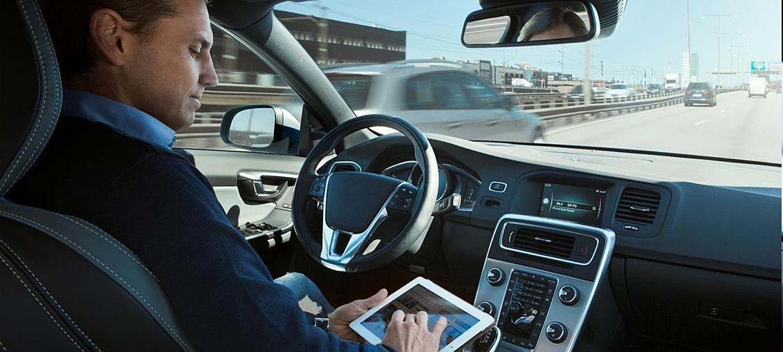 The Dutchagency responsible for granting type approvalis planning to test hownew self-driving car tech deals with motorcyclists on the road