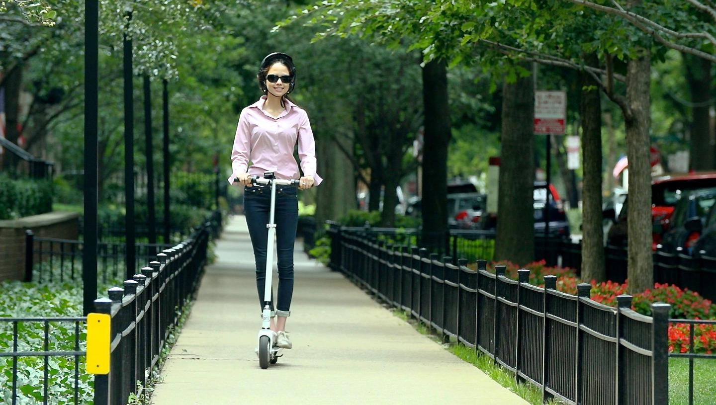 The SmartScooter is claimed to be able to move the average adult for a distance of up to 17 miles (27 km)