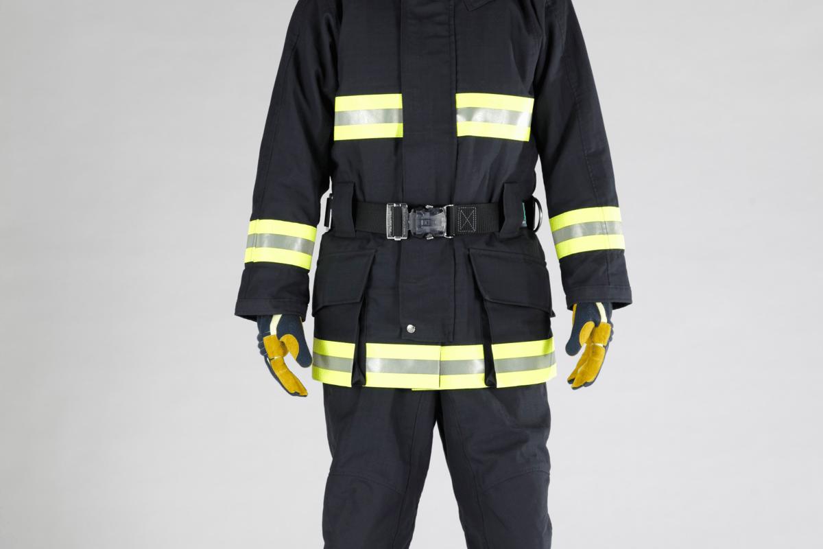 Teijin's new lightweight firefighting suit