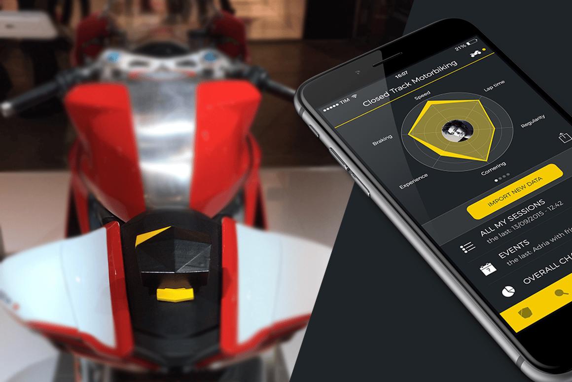 Simple device tracks motorsport performance