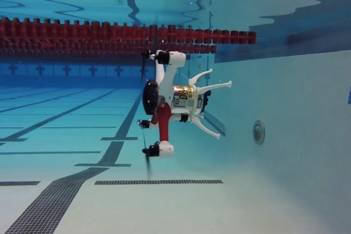 "The Loon Copter tips forward to ""fly"" underwater"