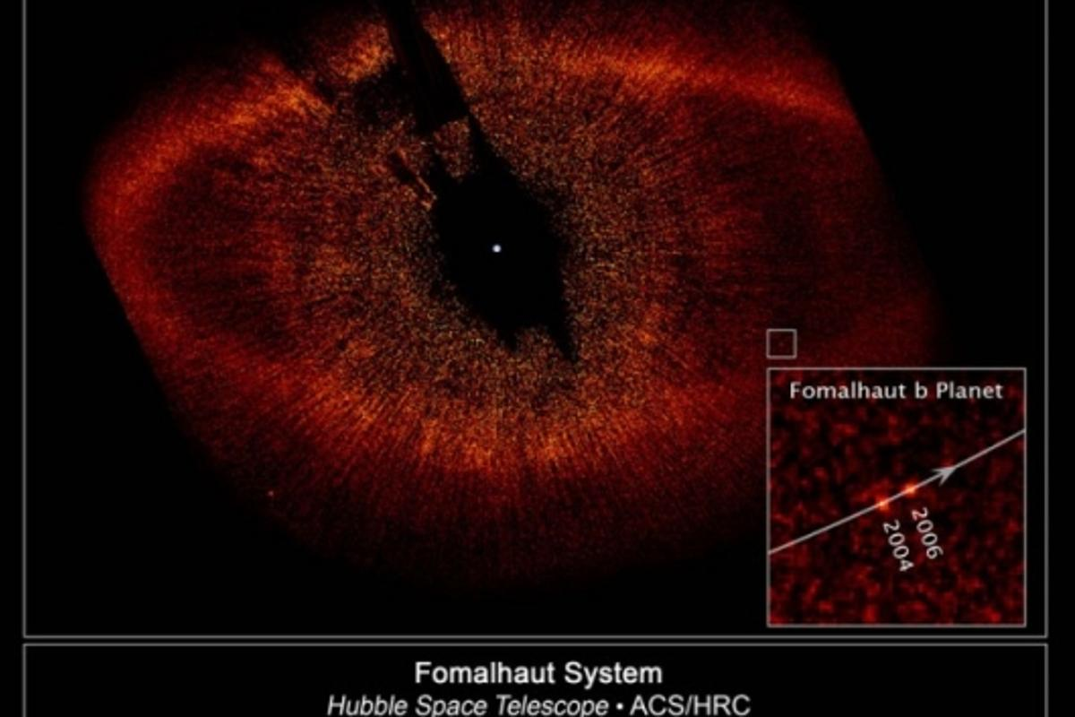 Visible-light image from the Hubble showing the newly discovered planet, Fomalhaut b