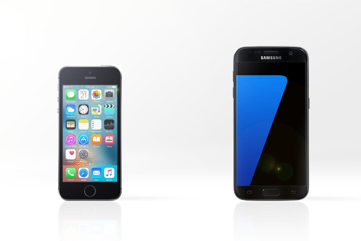 We line up the Apple iPhone SE (left) and Samsung Galaxy S7, to see how their features and specs compare