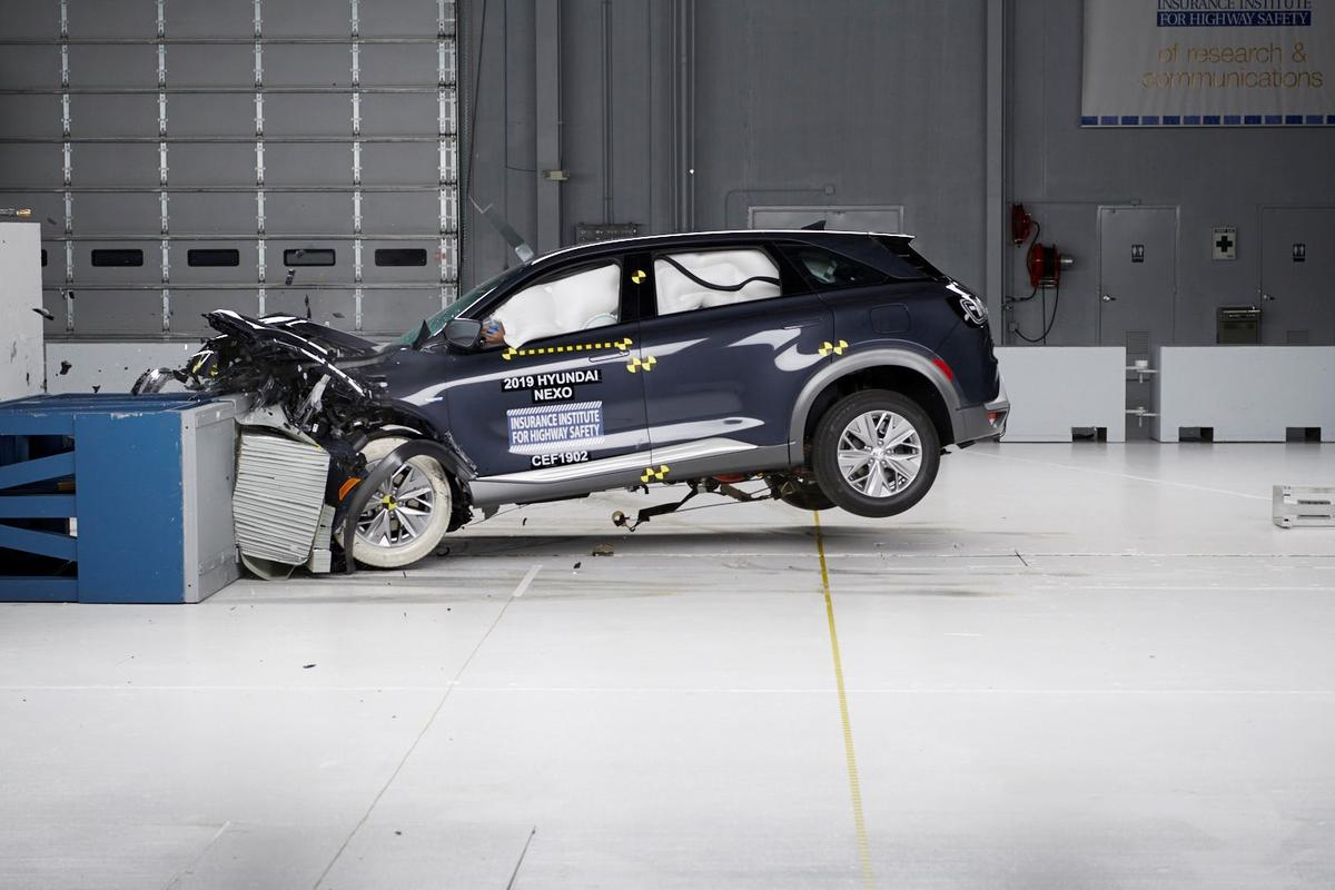 The Hyunai Nexo Fuel Cell SUV received the IIHS's highest rating of Top Safety Pick+
