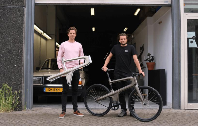 Brothers Bob and Tom Schiller with the Delta bike and the locally-produced Mokumono frame