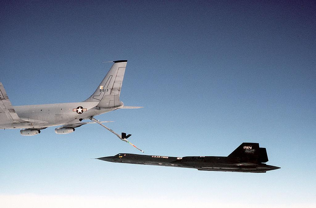 An SR-71 refueling from a KC-135Q Stratotanker during a flight in 1983
