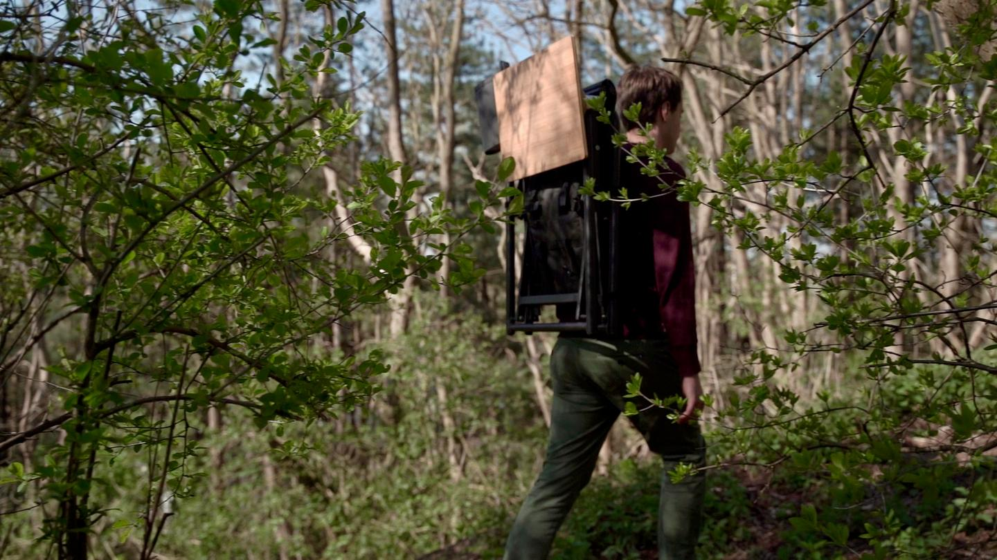 Strap the Chair to the compatible 40-L backpack and easily carry it through the woods, into the mountains, to the water's edge or simply down the street