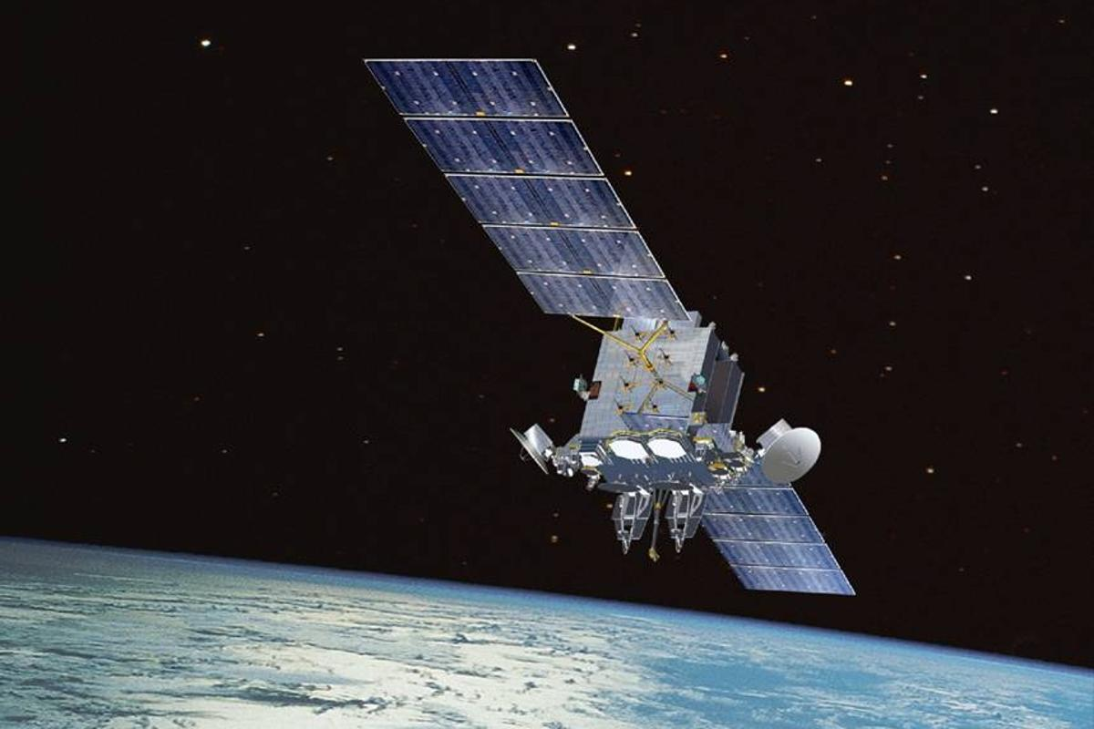 The new technology would allow LTE mobile phones to tap into a satellite network