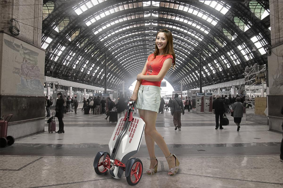 The MUV-e folds up into a suitcase-sized trolley in around 3 seconds
