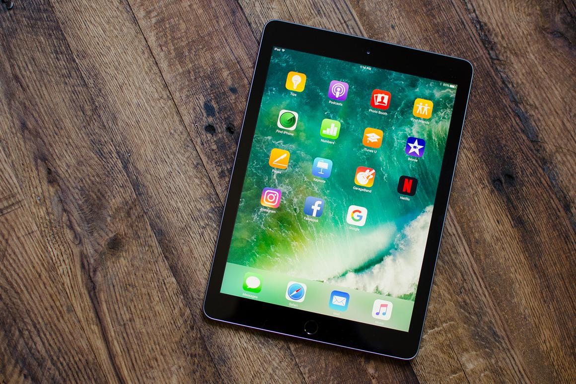 A first look at the refreshed-for-2017 iPad