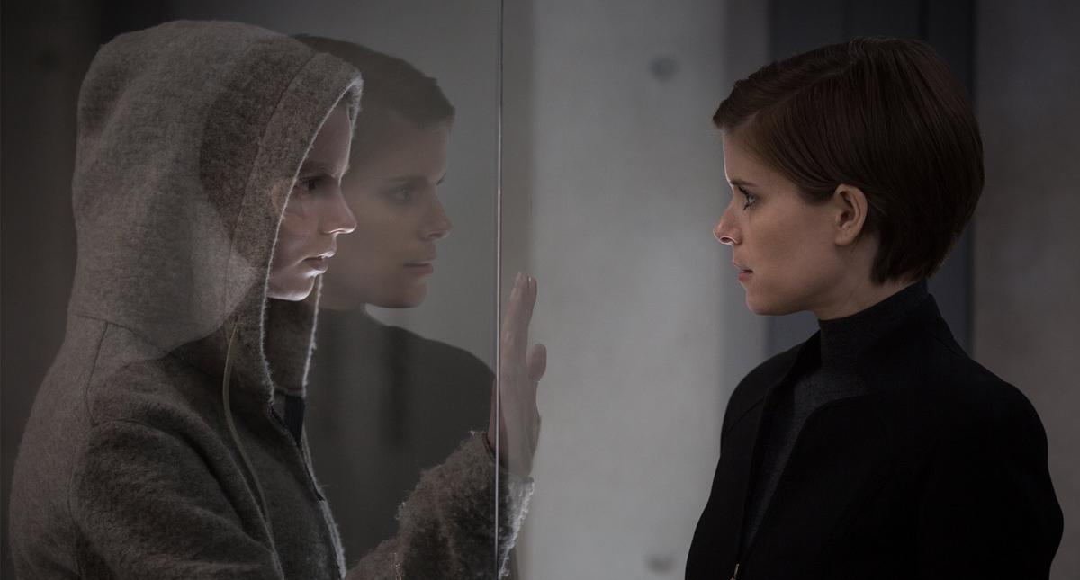 Anya Taylor-Joy and Kate Mara in Morgan (2016)