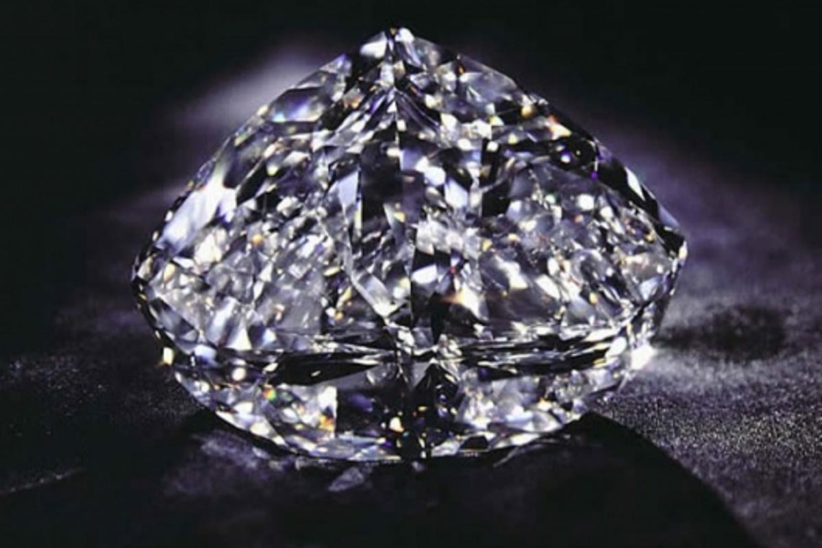 Diamonds used to create single photon source(The Centenary Diamond - Photo © Debeers Group)