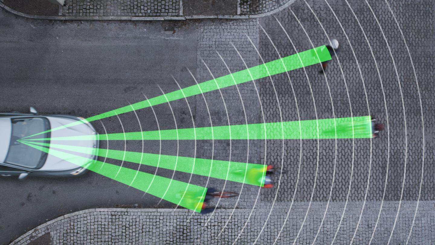 A radar and high-resolution camera makes it possible to detect cyclists and pedestrians