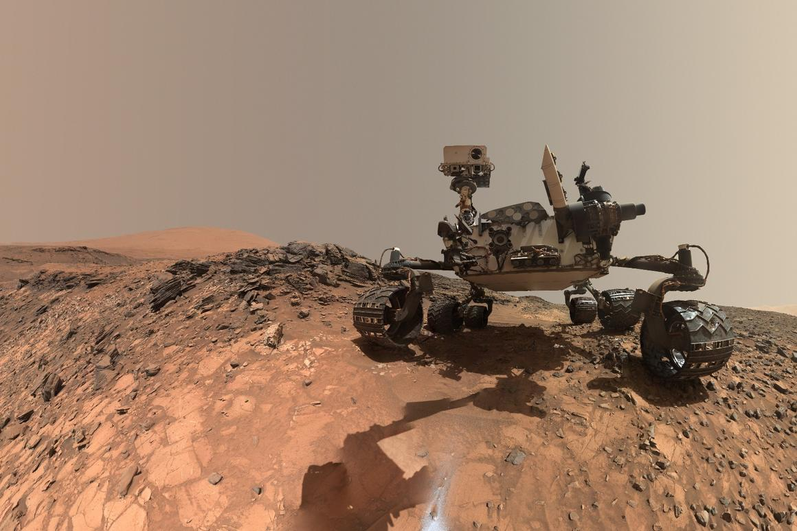 Another Curiosity selfie, this time from 2015