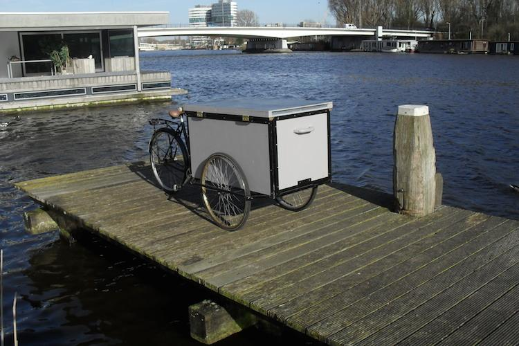 The cargo trike meets bicycle camper in the Housetrike