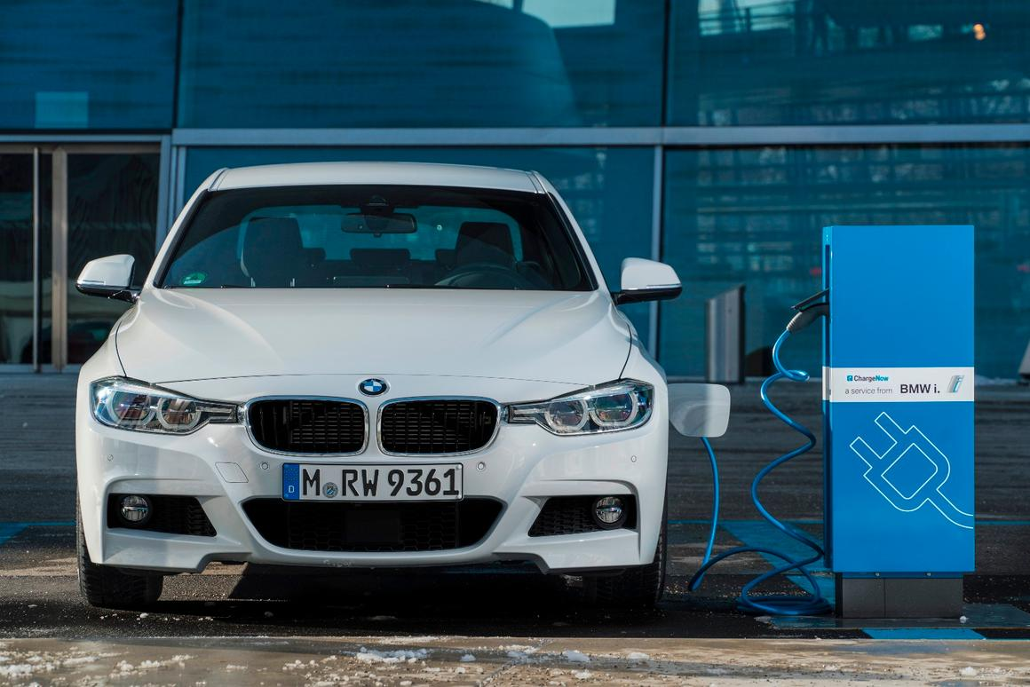 The 330e iPerformance can drive in all-electric mode for about 14 miles on a full charge at speeds up to 75 mph (121 km/h)