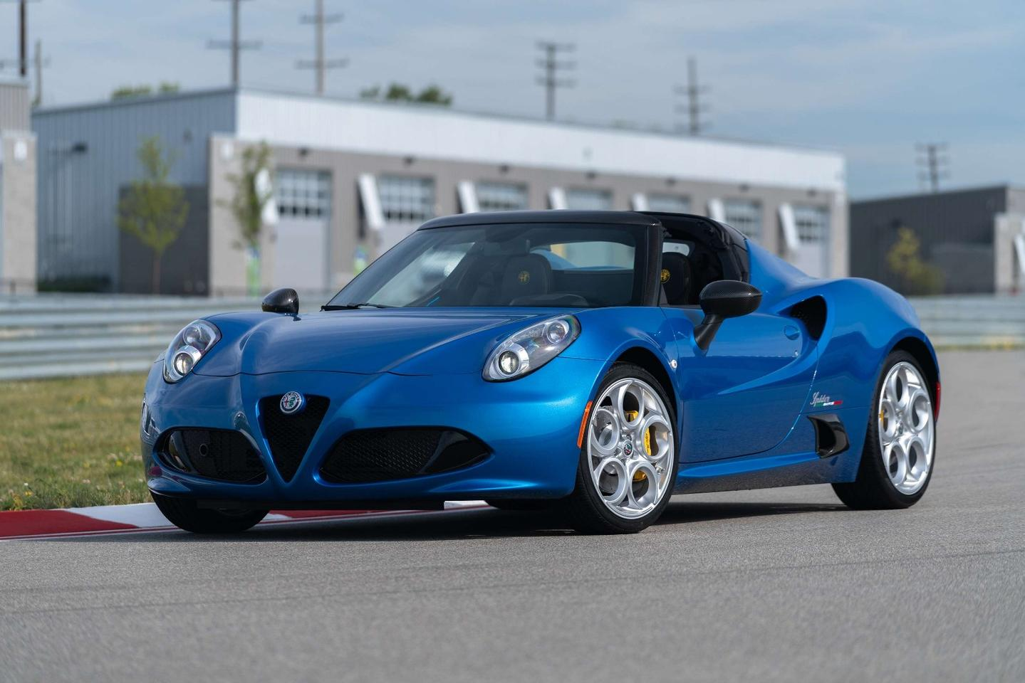 The Misano Blue Metallic exterior paint will only be found on the Italia model, as will the piano black front air intake and rear diffuser