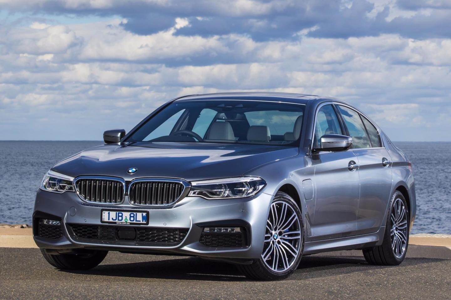From the outside, the 530e iPerformance looks just like a regular 5 Series