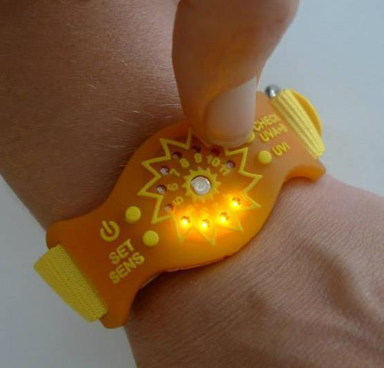 The UVA+B Sunfriend features LED lights that indicate when users have had a healthy dose of sunlight