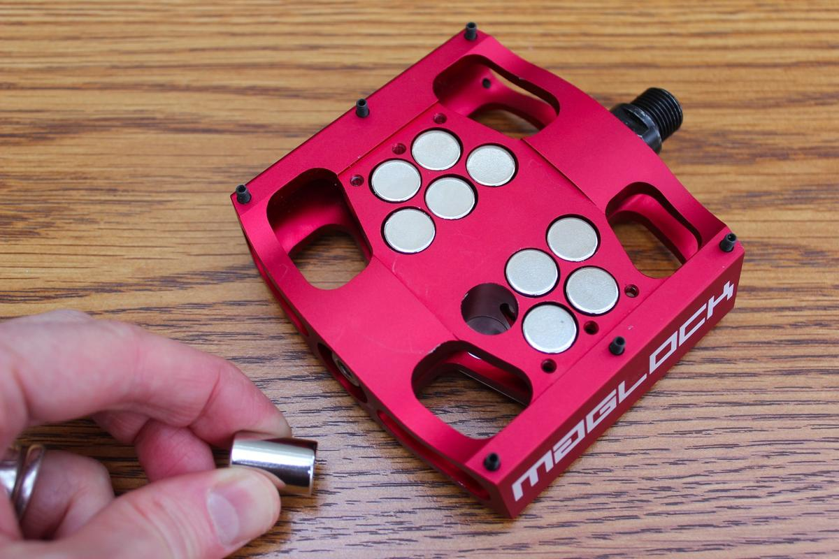 The attractive force of MagLOCK pedals can be adjusted by adding or removing magnets from within them
