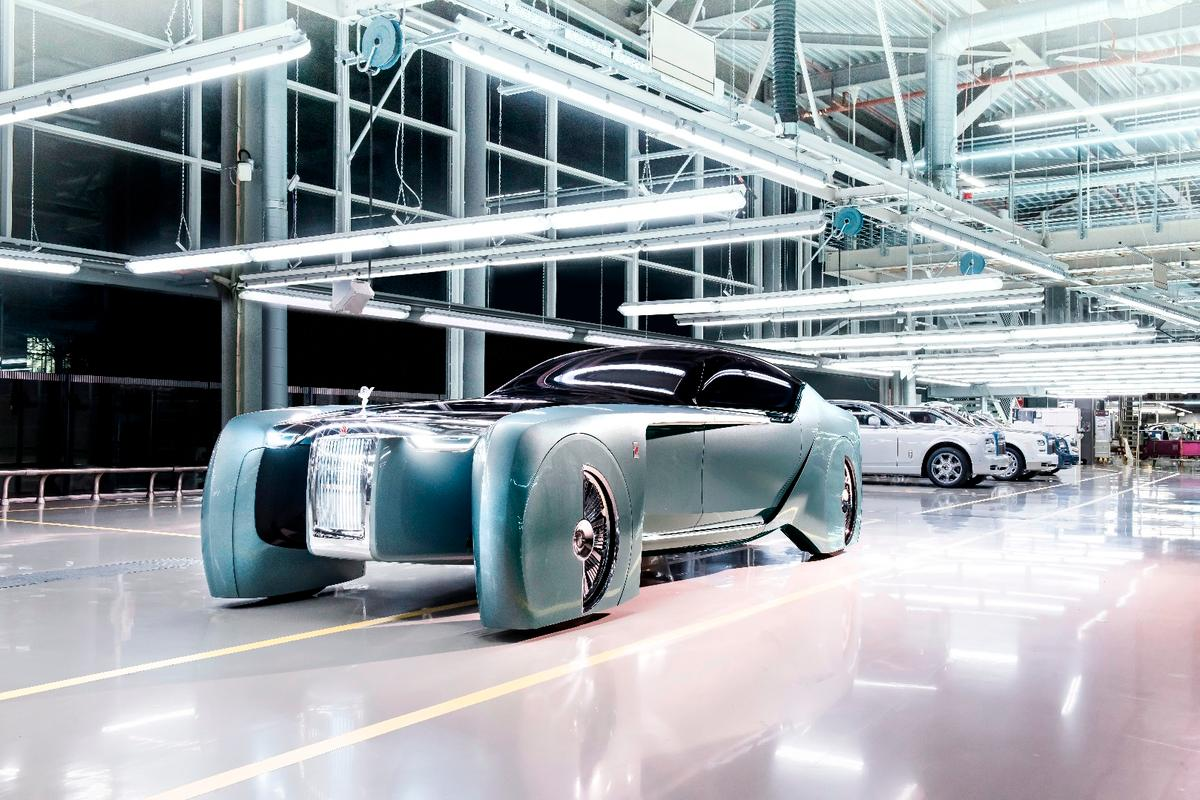 The Rolls Royce Vision Next 100 resembles a catamaran on wheels