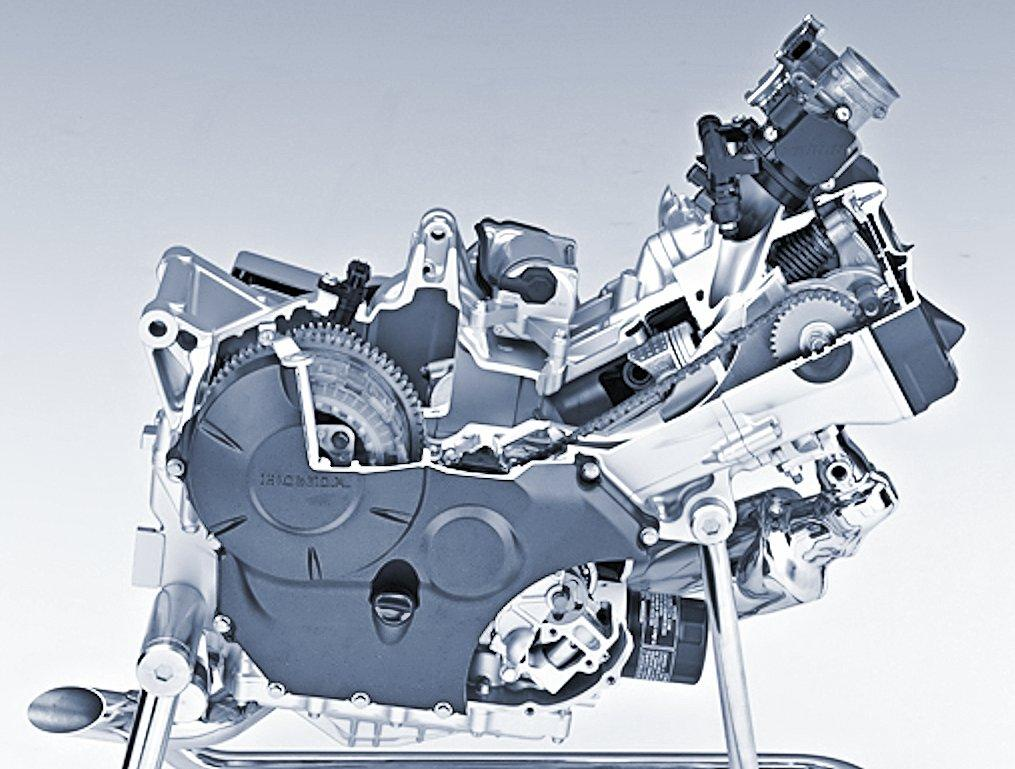 The Honda CTX700 engine equipped with the standard six-speed transmission