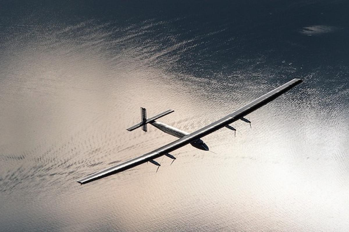 The Solar Impulse 2 has broken three aviation records during its flight from Japan to Hawaii