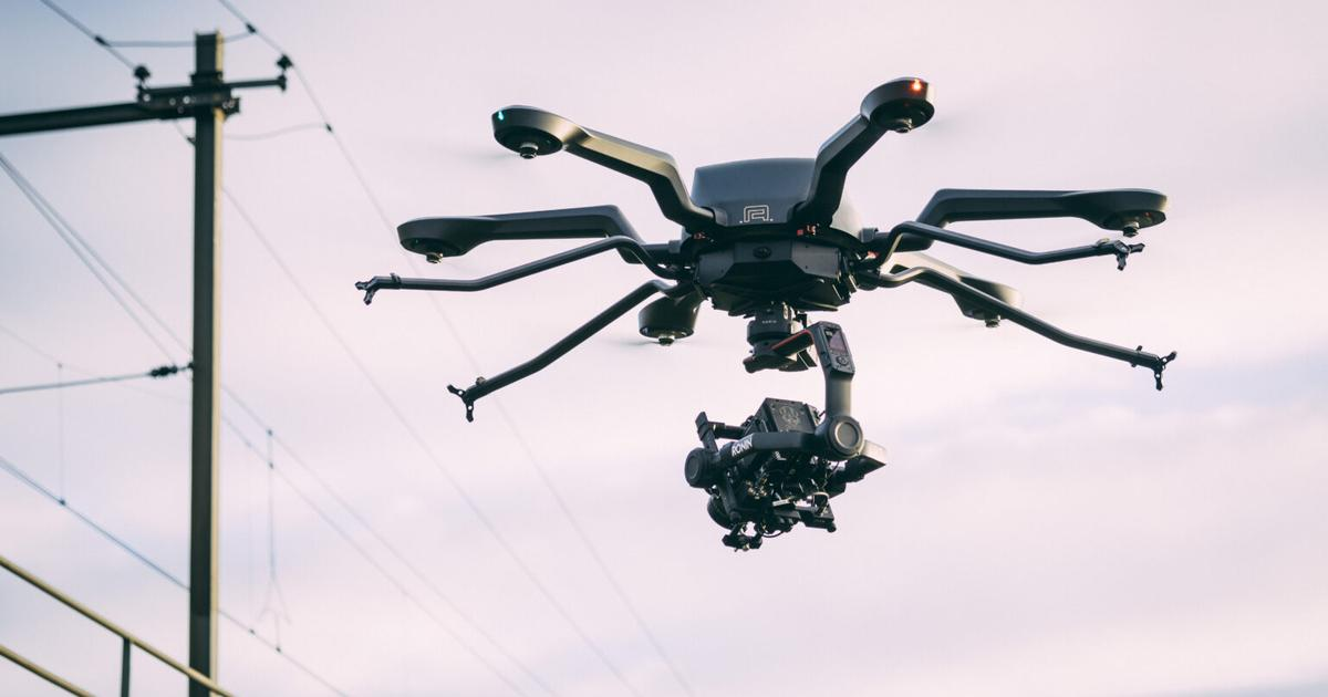 Noa hexacopter can fly for an hour, or lift 44 pounds