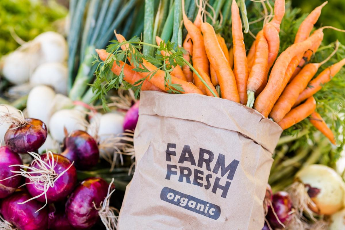 A new study suggestseating organic food may reduce a person's cancer risk by up to 25 percent