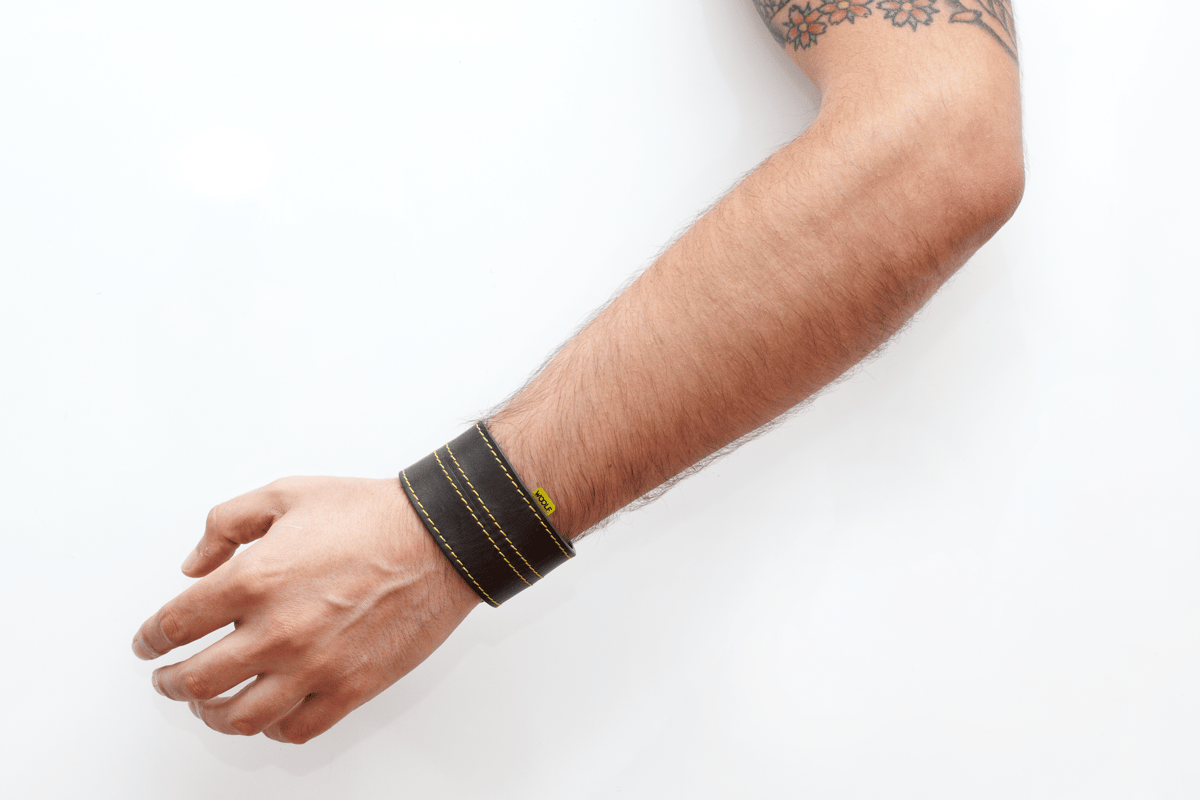 Woolf: vibrating wristband gives bikers the heads-up on speed cameras